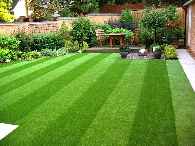What are the benefits of synthetic lawns in Orlando?