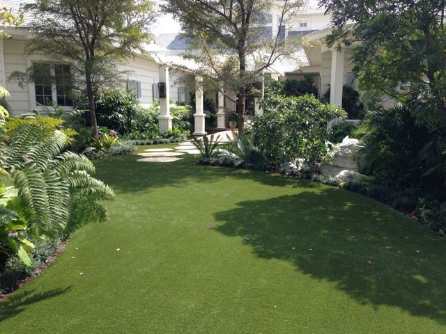 where are the best fake grass west palm beach?