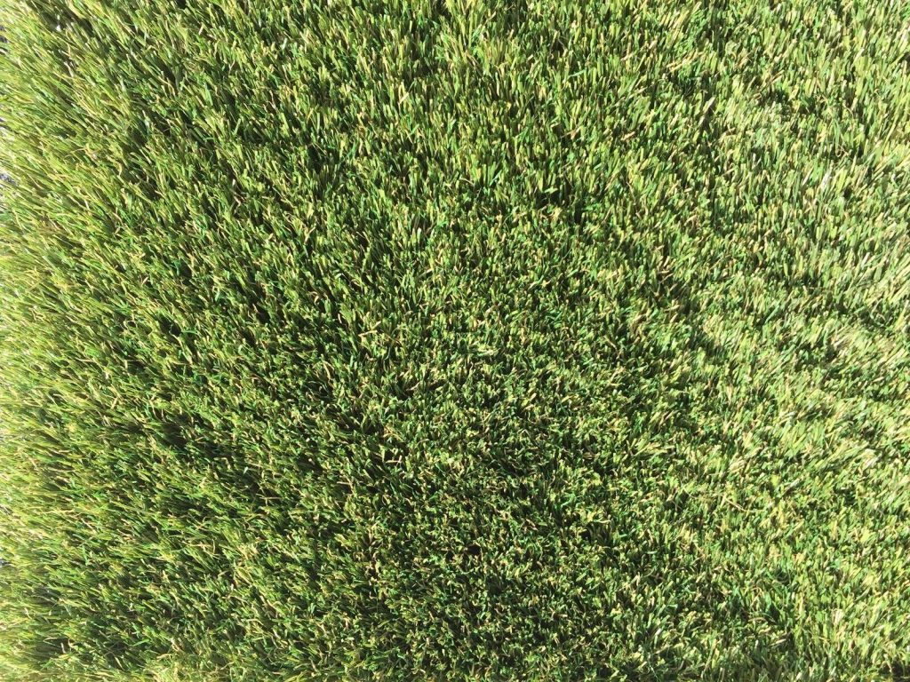 where is the best artificial grass miami?