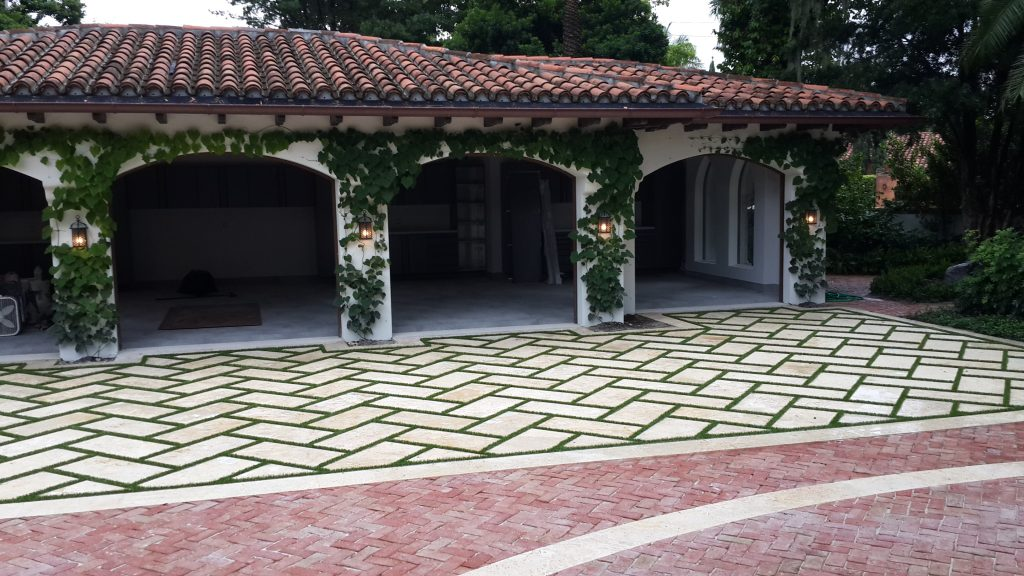 How can I use Fake Grass for Yard Florida?